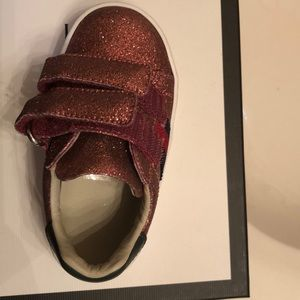 Gucci Shoes - Gucci baby size 20 sneaker shoes